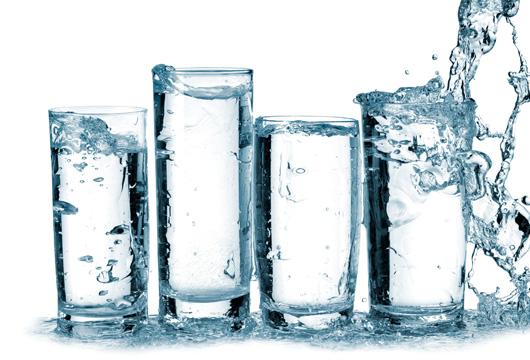 [:ru]Какую воду пить при камнях в почках[:]